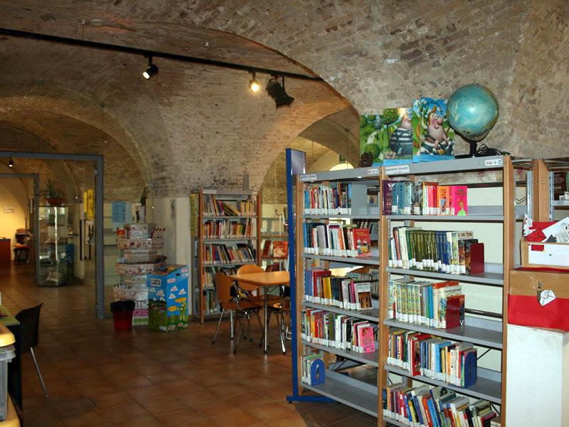 ANOMALIA MESSAGGIO: Biblioteca di Ortona. Leo Lionni in mostra